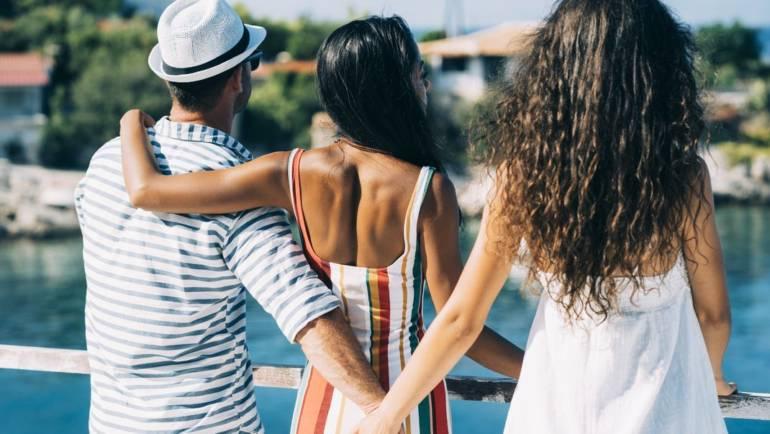 Πώς μπορείτε να καταλάβετε αν υπάρχει τρίτο πρόσωπο στην σχέση σας